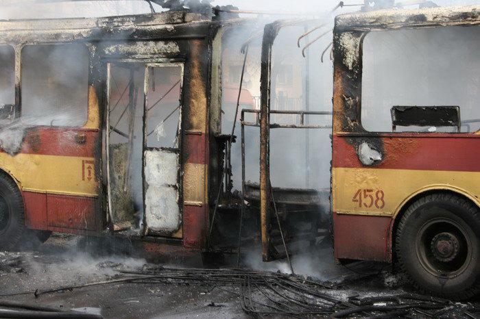 Пожар в троллейбусе. Репортажный фотограф Дмитрий Бартош