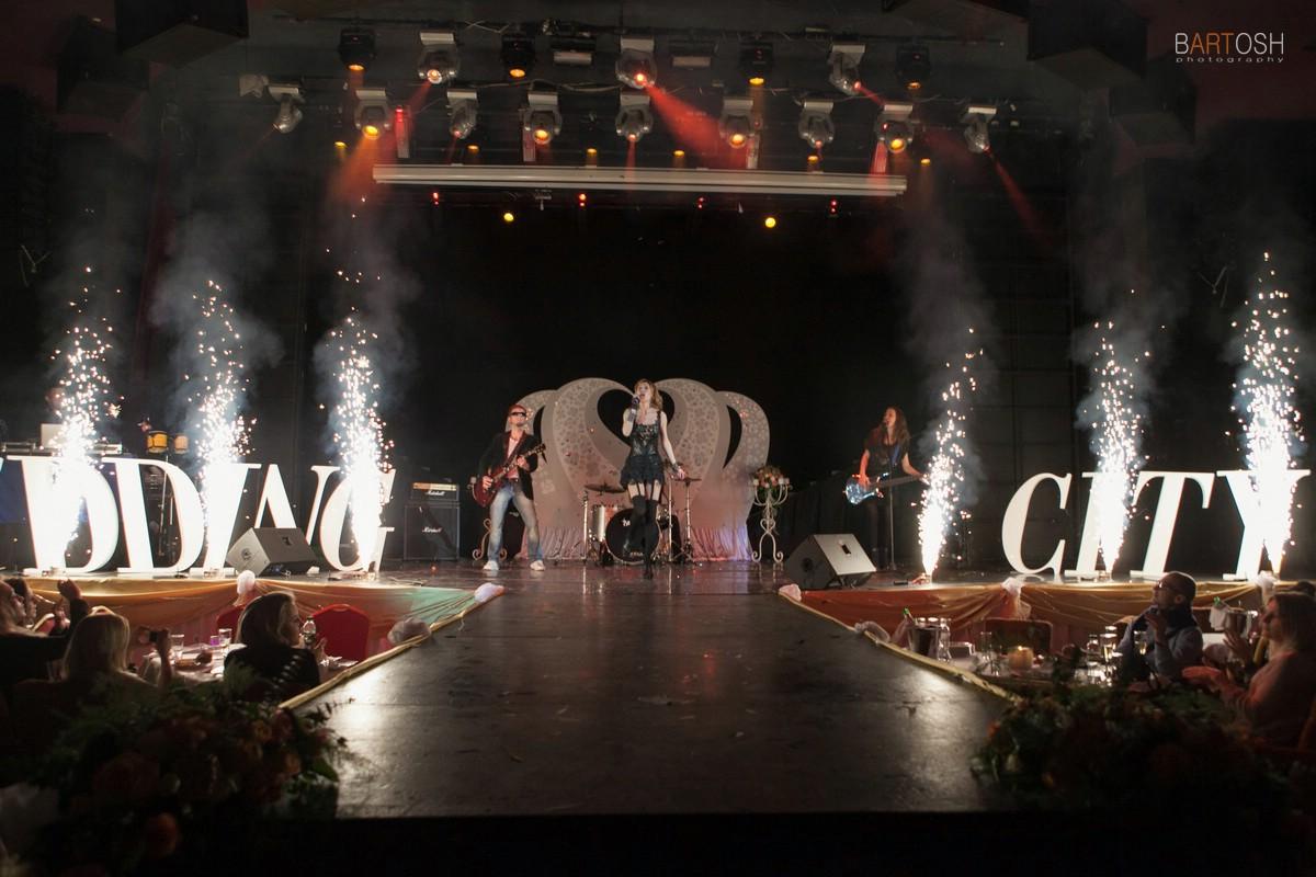 Wedding City. Фоторепортаж свадебного фотографа о свадебной вечеринке