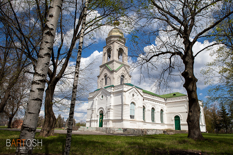Храм в селе Дмитрушки. Петра и Павла