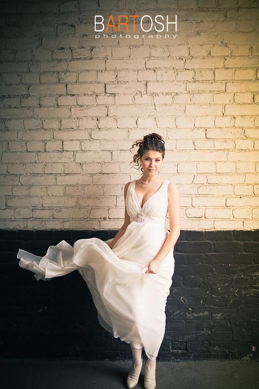 Свадебное платье в стиле ампир. Свадебный фотограф Дмитрий Бартош
