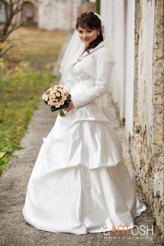 Свадебное платье принцесса (а-силует). Свадебный фотограф Дмитрий Бартош