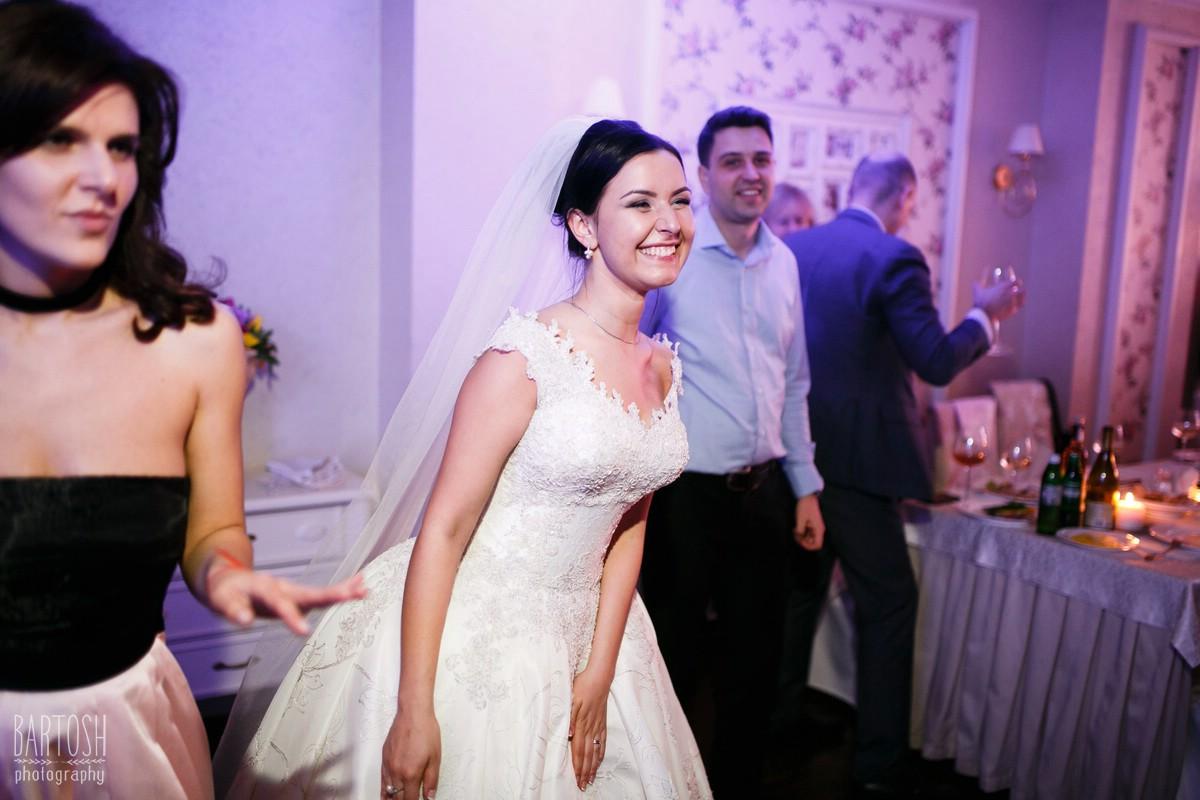 Весільний фотограф в Києві. Wedding photographer in Kyiv