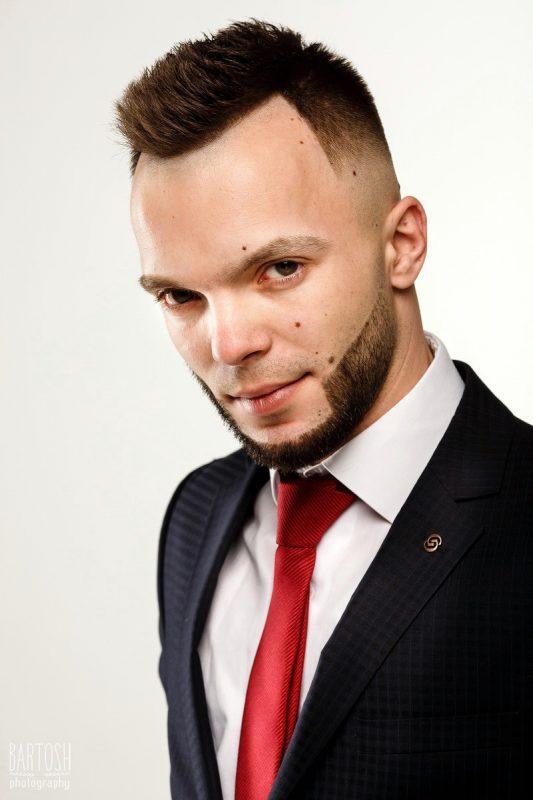 Бизнес и деловой портрет Киев. Профессиональный фотограф Дмитрий Бартош