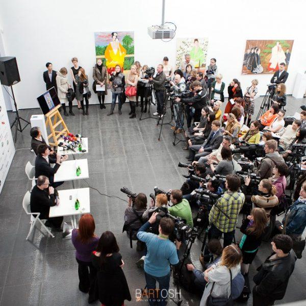 Репортажная фотосъемка пресс конференций в Киеве и Украине